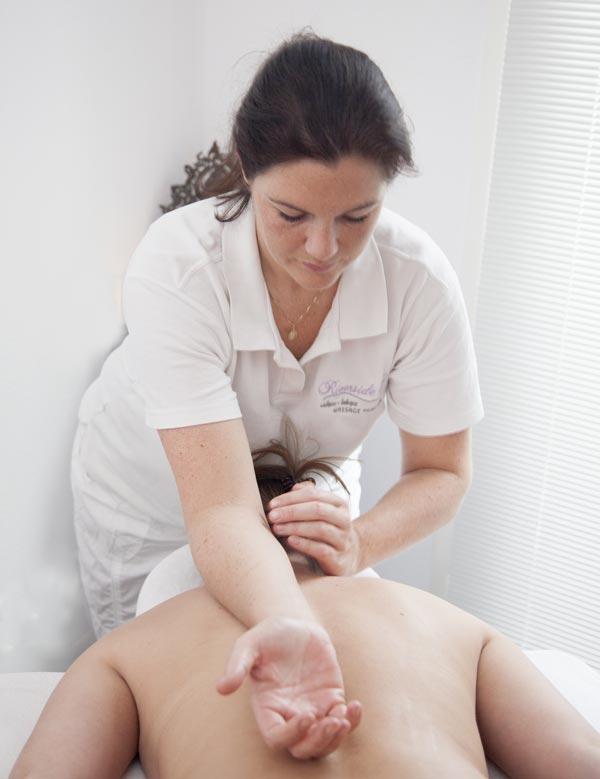Riverside Ki, ontspanningsmassage, massage weesp, wellness behandeling